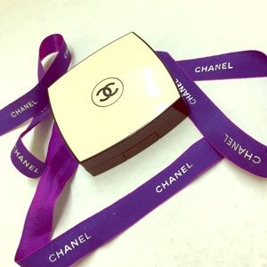 CHANEL healthy glow les Beiges No 30. 15sunscreen